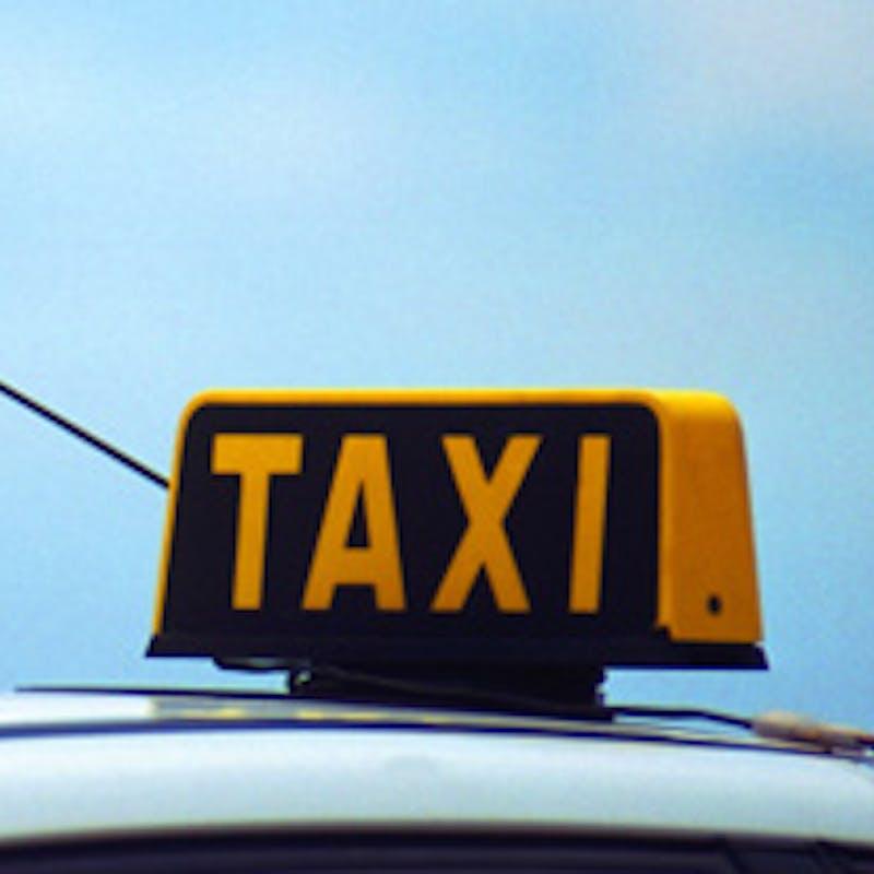 Prendre un taxi : quelles sont les règles ?