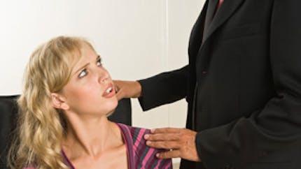 Harcèlement sexuel au travail : que faire ?