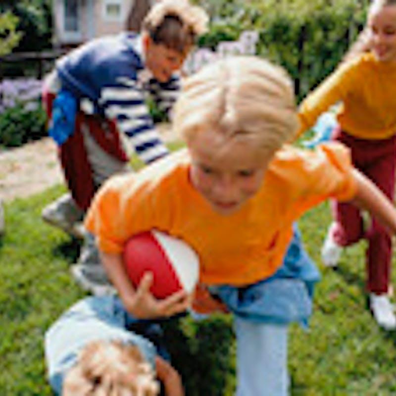 Enfants : faut-il les envoyer en colo ?