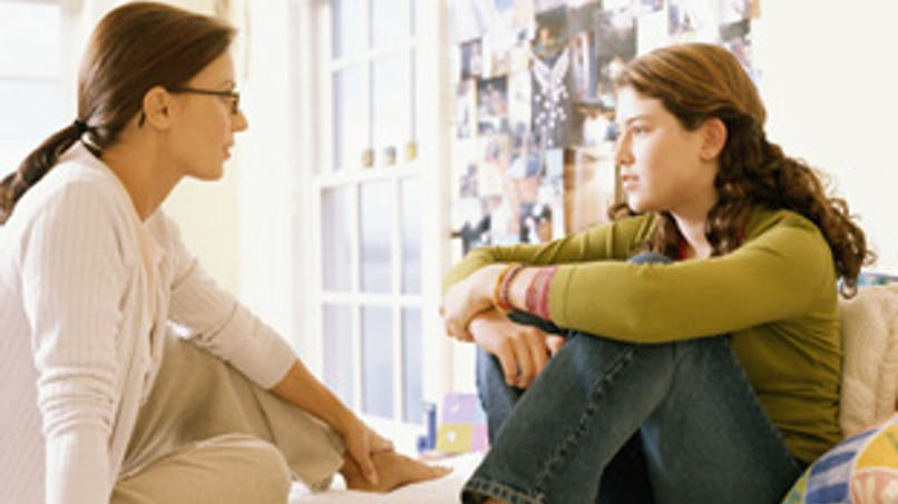 Adolescent, parents : maintenir le dialogue