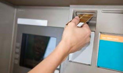 Faut-il assurer sa carte bancaire et son chéquier ?
