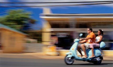 Motos et scooters : formation obligatoire