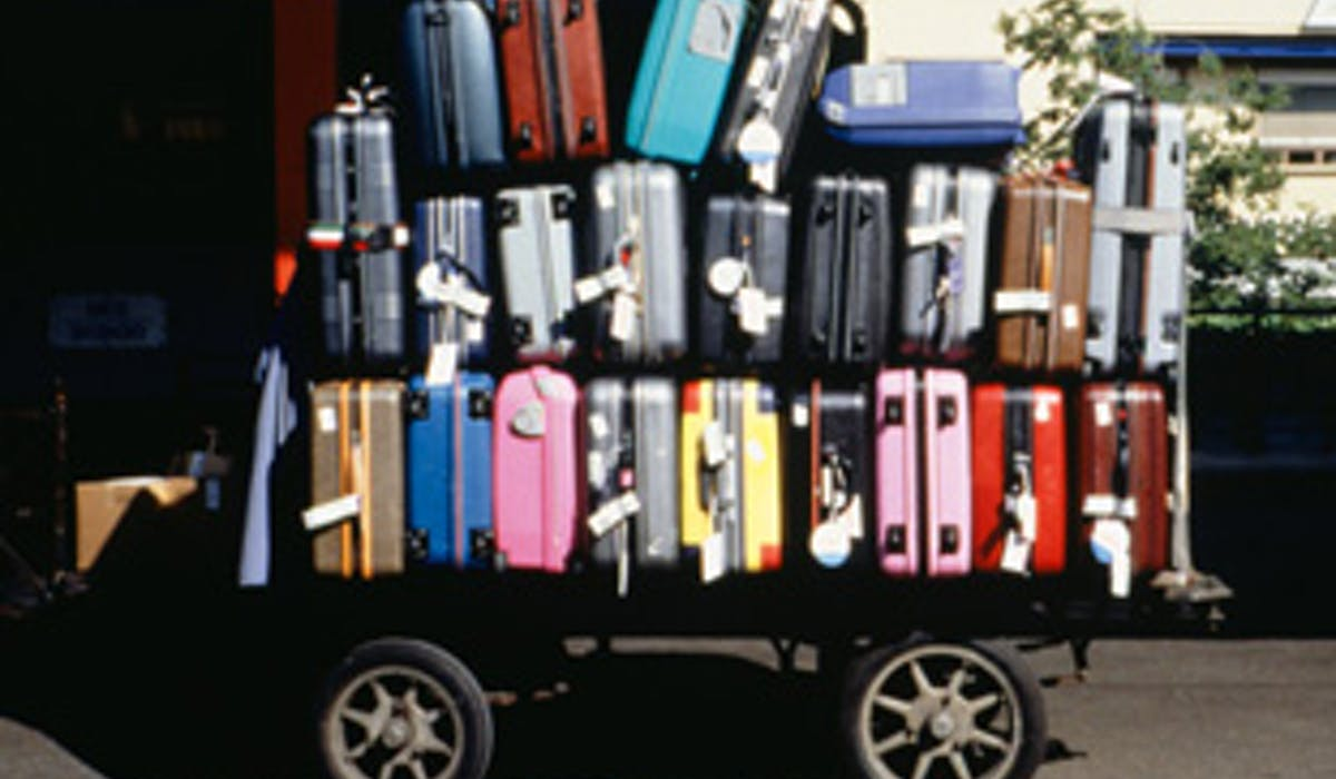 Le service SNCF Bagages à domicile, pour voyager léger  Dossier