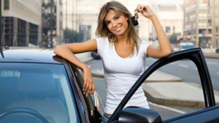 Revendre sa voiture soi-même : les différents réseaux