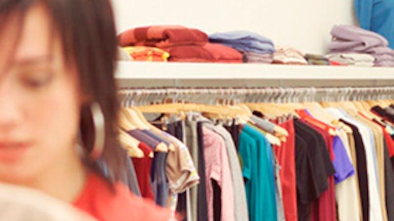 Que doivent dire les étiquettes sur les textiles ?