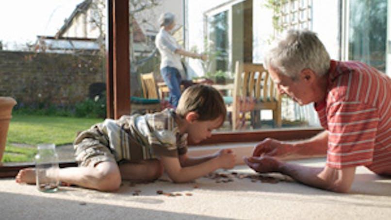 Grands-parents, êtes-vous responsables de vos petits-enfants ?