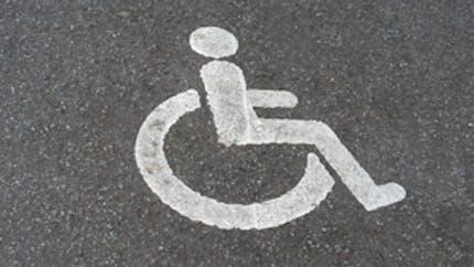 Aides aux personnes handicapées