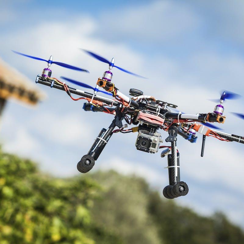 Faire voler un drone : ce qui est autorisé ou interdit