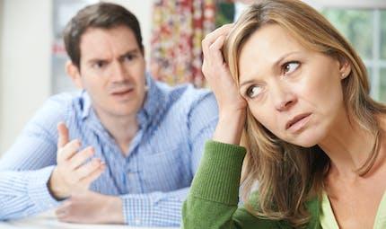 Dettes : le conjoint est-il solidaire ?