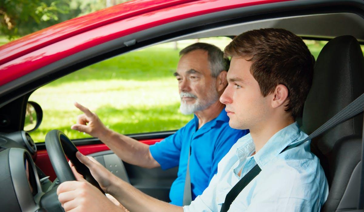 Le projet de loi Macron prévoit de rénover l'examen du permis de conduire.
