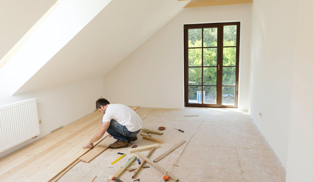 Les maisons ou les appartements à vendre avec travaux affichent des prix inférieurs à ceux de biens similaires en bon état.