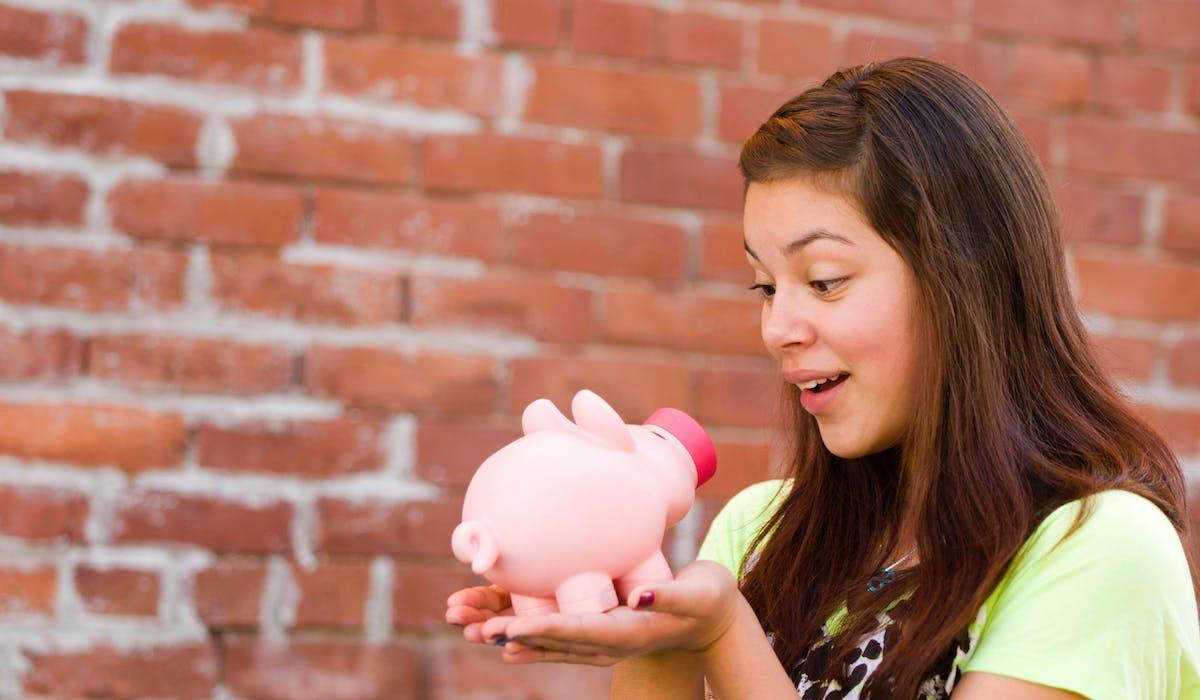 Un livret A permettra à l'adolescent d'apprendre à gérer son épargne.