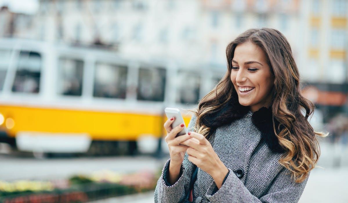Si votre forfait ne comprend aucun appel vers l'étranger, vous pouvez souscrire une option internationale chez votre opérateur, pour la durée de vos vacances.