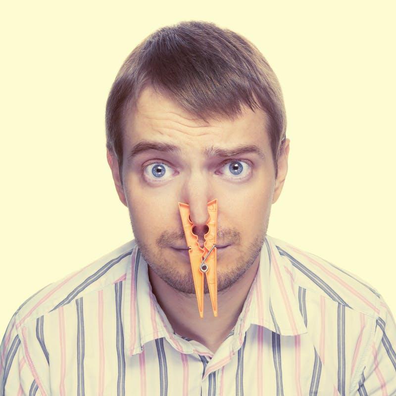Nuisances olfactives : comment réagir face aux odeur nauséabondes des voisins ?