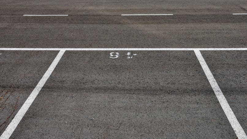 Acheter une place de parking pour le louer : un bon investissement ?