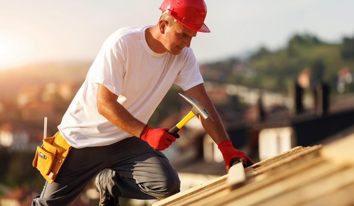 Vous devez déposer une demande de permis de construire auprès de la mairie lorsque vous envisagez de réaliser certains travaux
