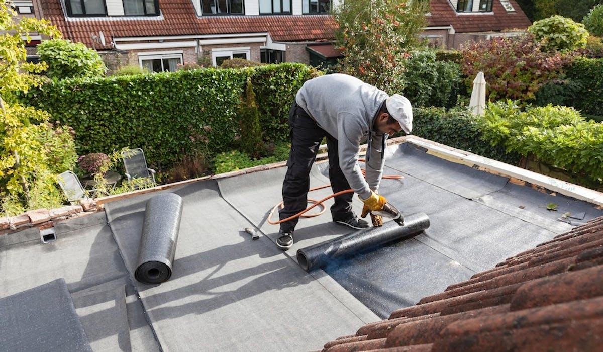 Entreprendre des travaux pour rendre son logement moins « énergivore » fera baisser la facture de chauffage et en facilitera un jour la revente.