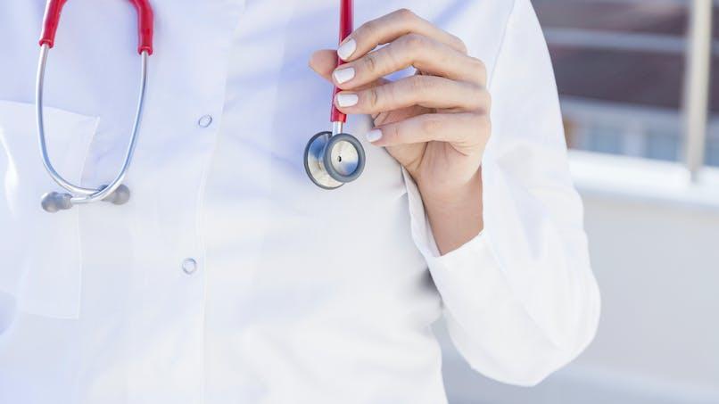 Complémentaire santé pour tous : qui sont les salariés éligibles aux chèques d'aide à la santé ?