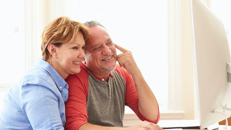 Les seniors, une génération de plus en plus connectée
