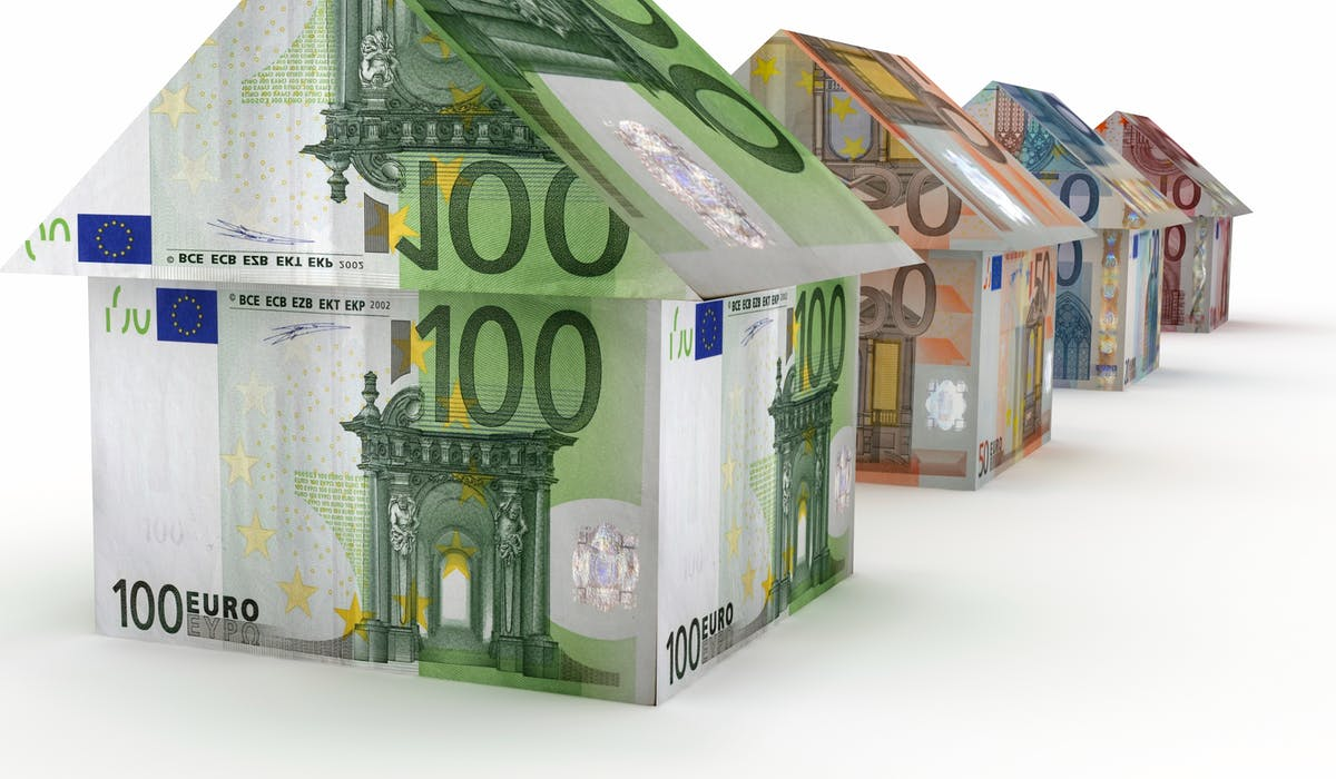 Les valeurs locatives d'un bien immobilier servent de base à l'établissement des impôts locaux comme la taxe d'habitation et la taxe foncière.