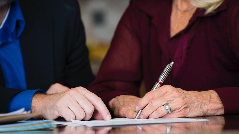 Assurance vie : Bercy confirme l'allègement de la taxation des contrats souscrits par des couples mariés