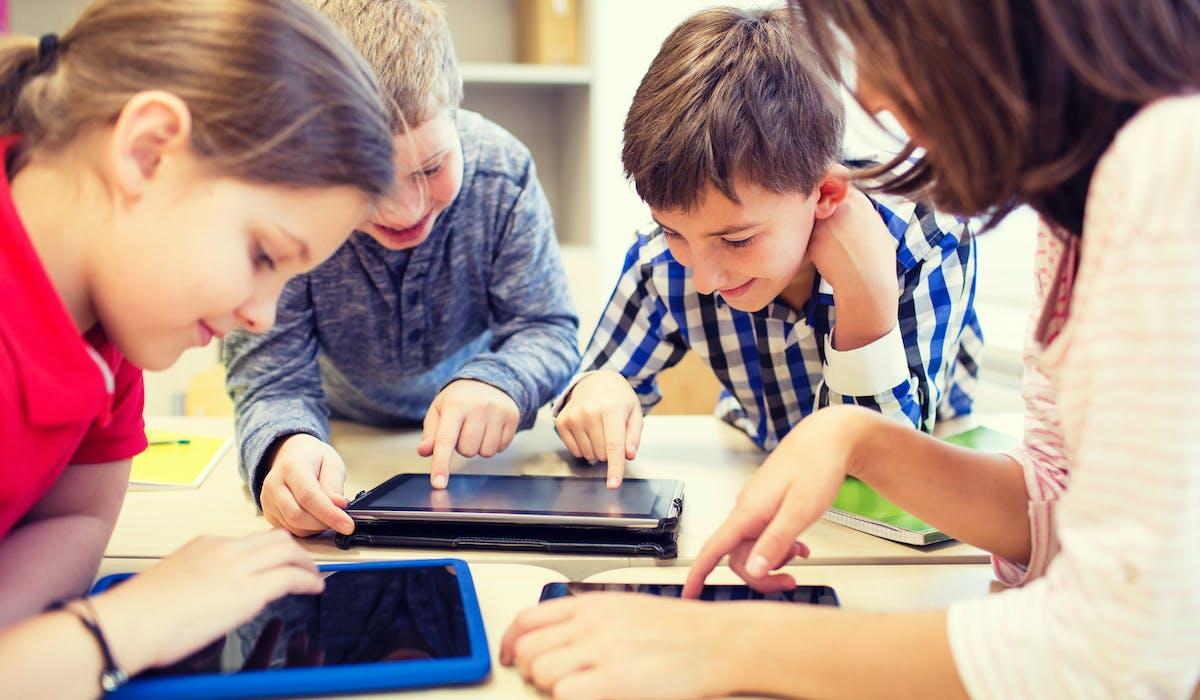 Les tablettes seraient une des clés de la réussite pour tous, d'après l'institut Montaigne.