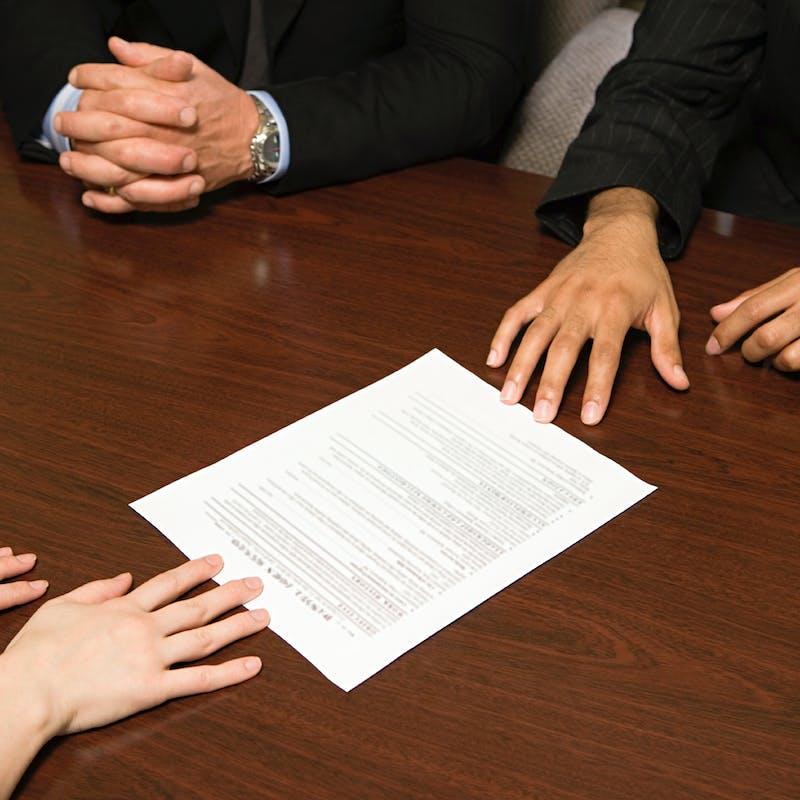 Discrimination à l'embauche : le gouvernement lance une campagne de « testing »