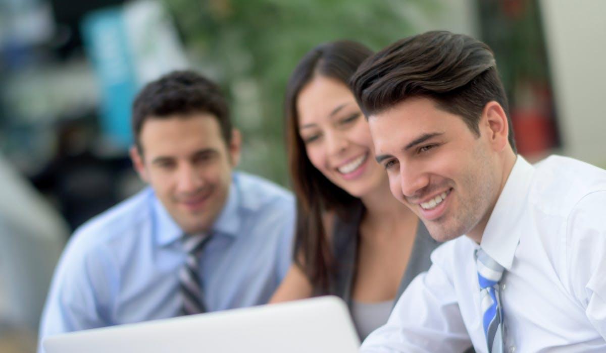 Tous les salariés du privé titulaires d'un mandat dans l'entreprise bénéficient de ce statut.