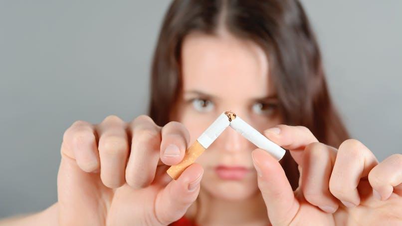 Les paquets de cigarettes neutres apparaissent