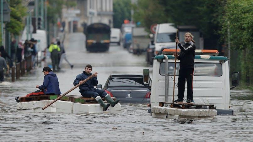 Les victimes des inondations peuvent renouveler gratuitement leurs papiers