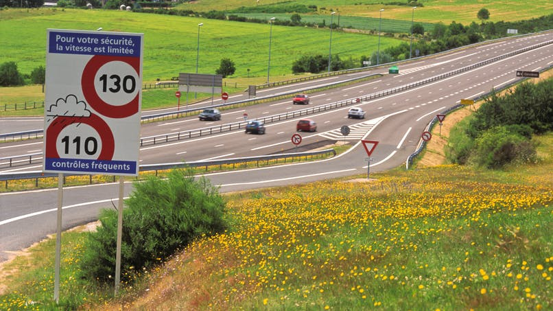 Vitesse excessive, oubli du clignotant… les Français imprudents sur l'autoroute