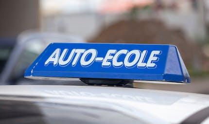 Que valent les auto-écoles low-cost ?