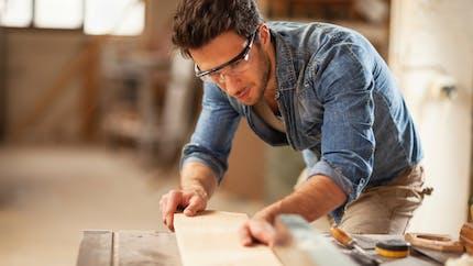 Auto-entrepreneur, devez-vous souscrire une assurance particulière ?