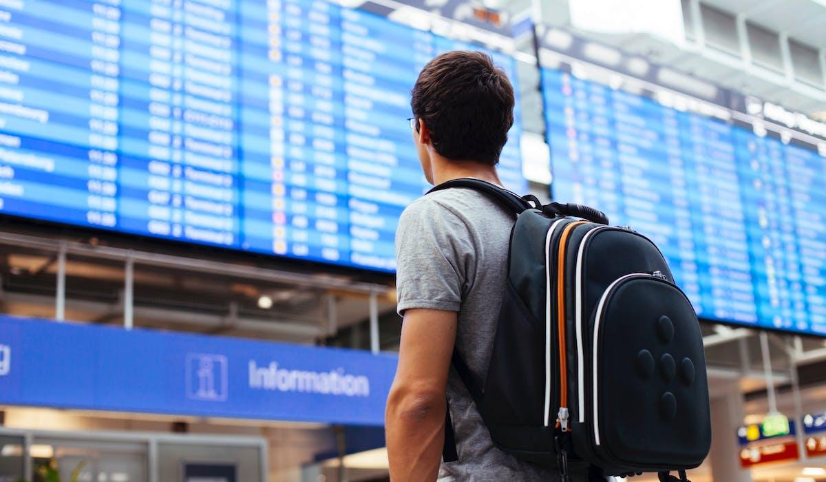 Si vous annulez un vol, exigez le remboursement des redevances et taxes d'aéroport.