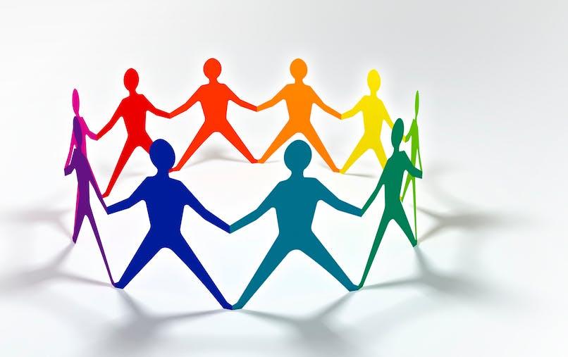 La mesure résulte du plan pluriannuel contre la pauvreté et pour l'inclusion sociale lancé en janvier 2013 par le gouvernement.
