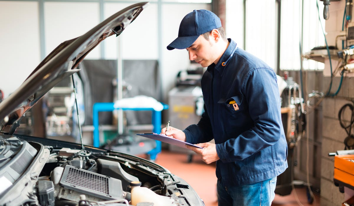 Un précontrôle est utile en cas de doute sur le caractère polluant du moteur ou le jeu de la direction.