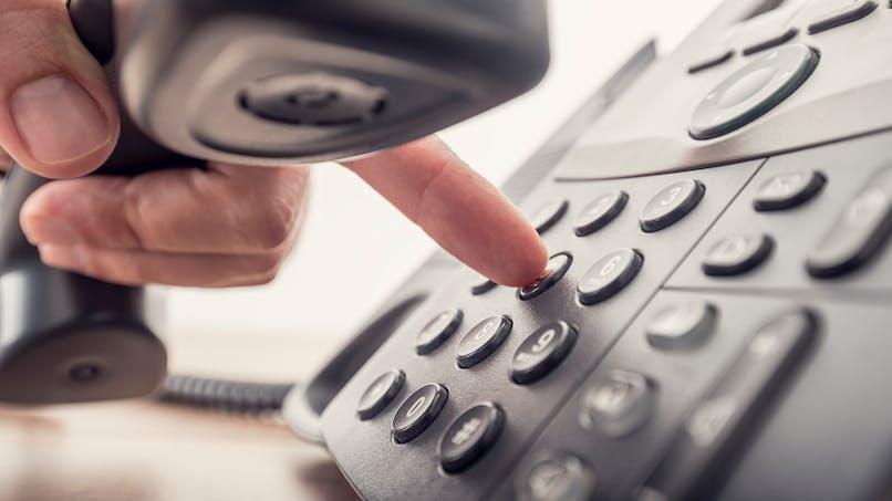 Signaler un abus concernant un numéro de téléphone surtaxé