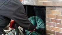 Ramonage de cheminée : que dit la loi ?