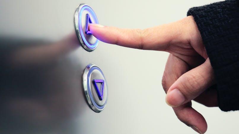 Copropriétaire, même si vous n'utilisez pas l'ascenseur, vous devez payer les charges correspondantes