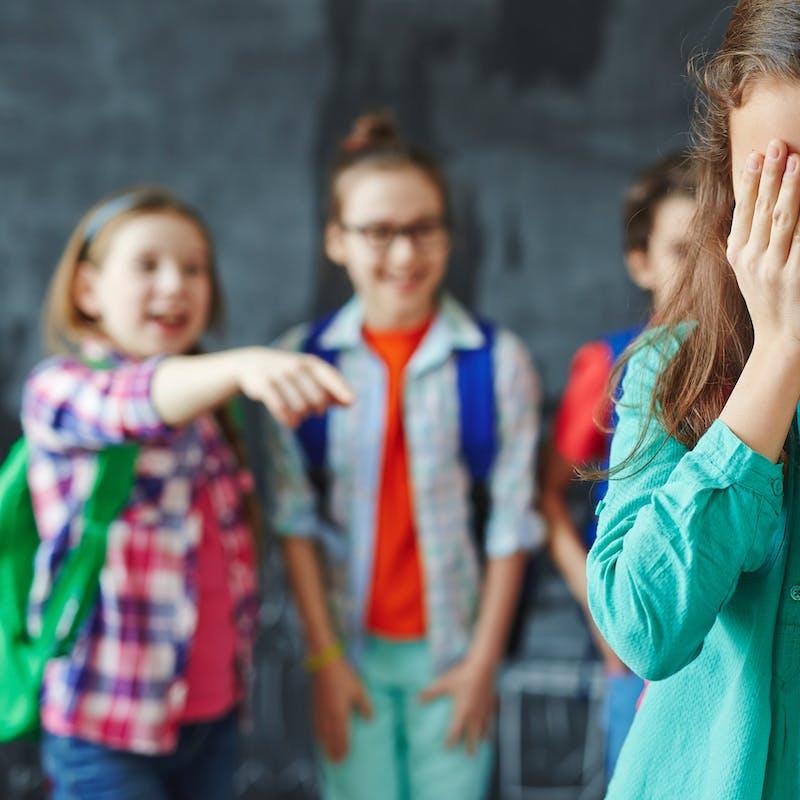 Dénoncer le harcèlement scolaire