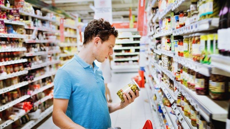 Payer ses courses au supermarché en tickets-restaurant devient plus compliqué