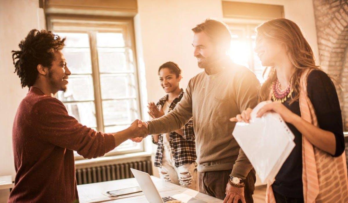 La prime à l'embauche pour les PME s'arrêtera en juin 2017