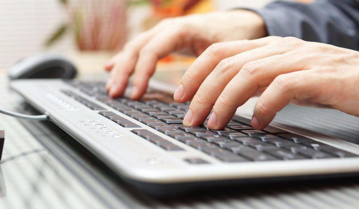 L'Adie souhaite développer un réseau de 300 assistants informatiques.