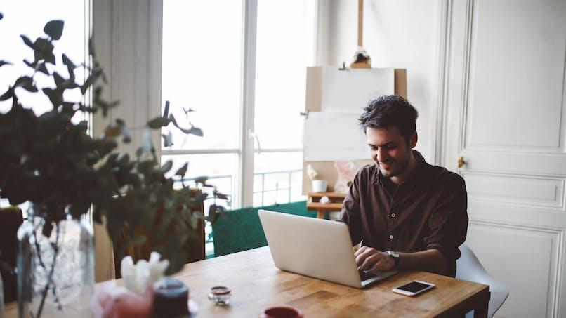 Auto-entrepreneur : 1 sur 3 cumule avec un autre emploi