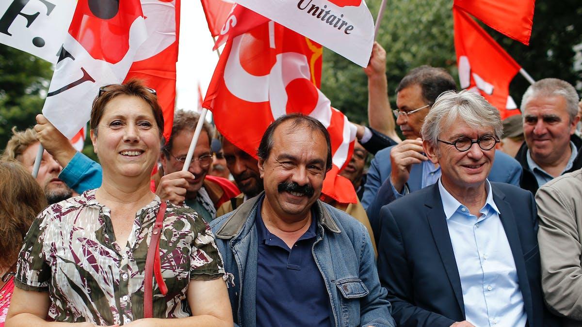 Bernadette Groison, Philippe Martinez et Jean-Claude Mailly, les secrétaires généraux de la FSU, de la CGT et de FO, lors d'une manifestation contre la loi travail, le 28 juin à Paris.