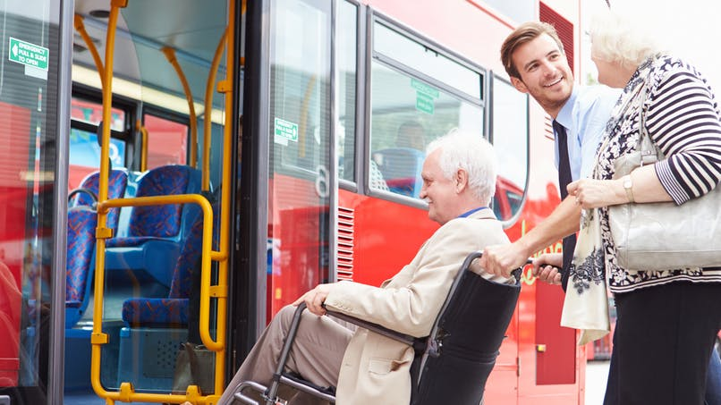 Handicap : le gouvernement crée une carte unique « mobilité-inclusion »
