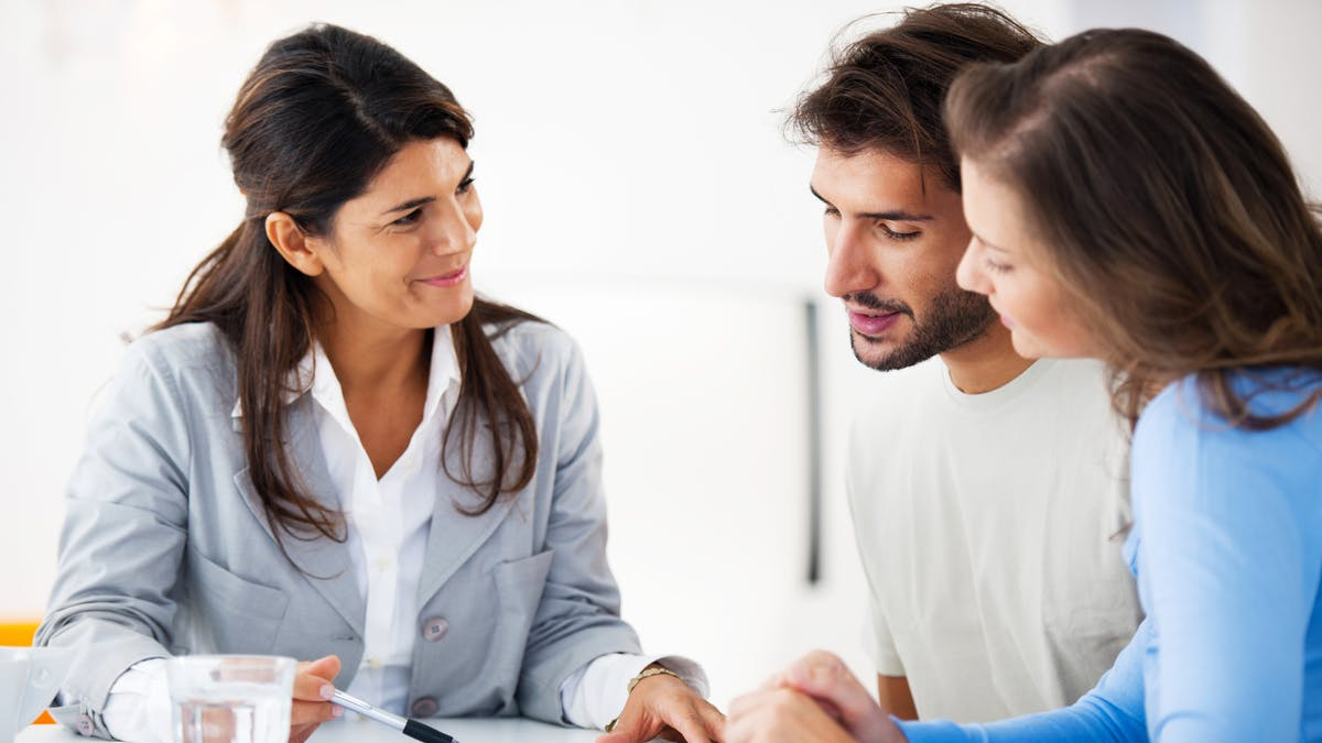 Des consultations juridiques sont organisées un peu partout par les ordres professionnels.