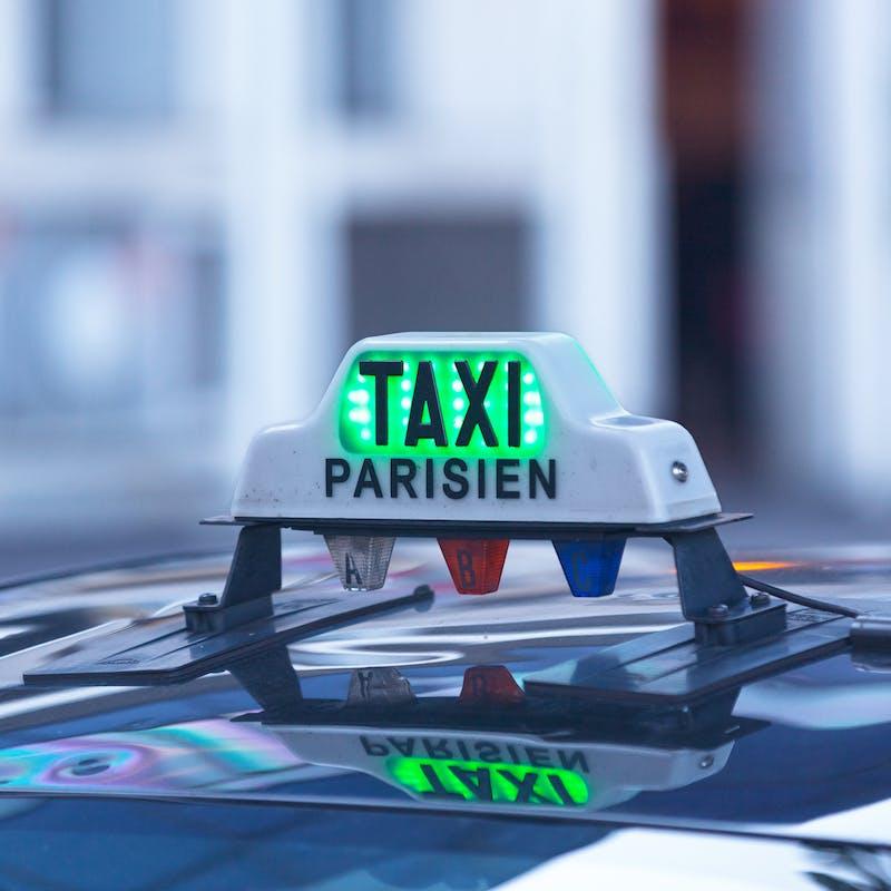 Prendre un taxi vous coûtera aussi cher en 2017
