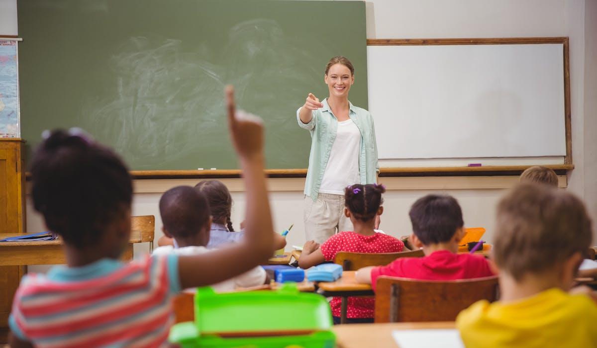 L'Éducation nationale ne dispose pas de remplaçants en nombre suffisant pour pallier les absences.