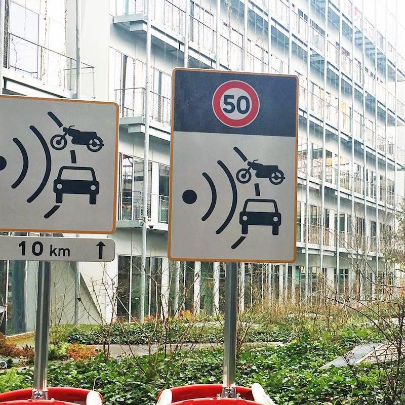 Sécurité routière : deux nouveaux panneaux radars « plus lisibles »